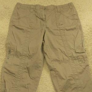 Style & Co Cargo Capri Pants